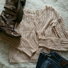 Urban outfitters knit sweater Pale pink pins and needles knit sweater. See through in some spots. Great used condition. Urban Outfitters Sweaters Crew & Scoop Necks