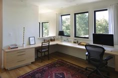 I like this simple home office -Artist's House and Studio by 3GD