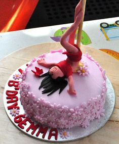 pole dancing moves names Brithday Cake, 21st Birthday Cakes, Bachlorette Cakes, Dancer Cake, Fitness Cake, Couture Cakes, Fondant Decorations, Cake & Co, Beautiful Cakes