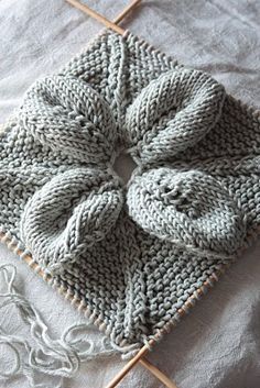 Needlework inspiration: Knitted leaf & lace squares