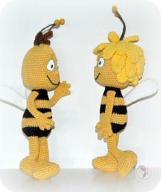 Maya the Bee and Willy pattern by Vanja Grundmann