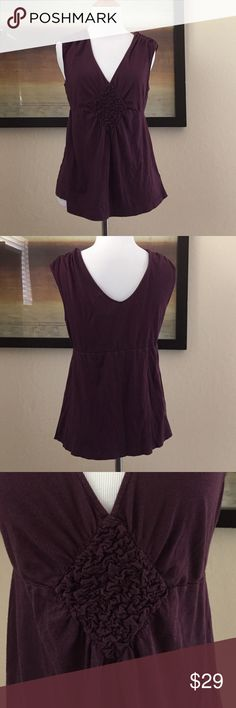 Anthropologie Deletta brand burgundy top size  M 🍁Great for Fall under a sweater. Light piling and fading that is barely noticeable. Fits S/M Anthropologie Tops