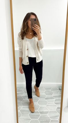 Wide Leg Jeans, Black Jeans, Autumn Summer, Fall Winter, Fall Outfits, Fashion Outfits, Mother Jeans, Rounding, Autumn Fashion