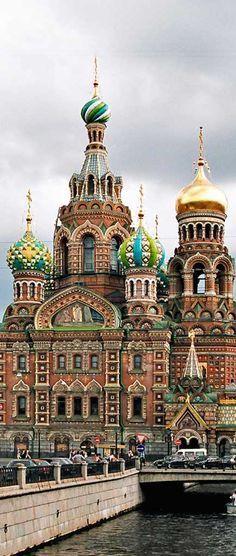 La Iglesia de Sangre Derramada en San Petersburgo, Rusia