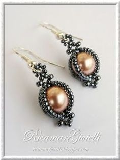BEADER LINKS!!!::(Also, pretty earrings)Cited Earrings - Jewelry embroider http://www.pinterest.com/nightstargazer/beading/ http://www.pinterest.com/pattybijioux/cose-da-indossare/ http://www.pinterest.com/slpf1/bead-craft/