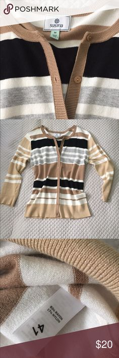 Susina from Nordstrom cardigan Super cute, great for work! Got this from Nordstrom and just never wear it! Black, white, beige and grey susina Sweaters Cardigans