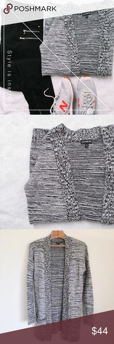 Express chunky marled knit open cardigan 🍁 Pre-owned, long open cardigan sweater in black/white combo. Excellent condition with no flaws or defects. Perfect to layer with leggings and boots! Material is cotton/acrylic. Machine washable. Express Sweaters Cardigans