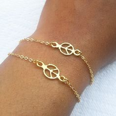 Double strand ✌ sign bracele