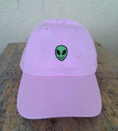 cool caps · Alien patch on baseball hat by HiddenPatches on Etsy Dad Hats 096cb9549493