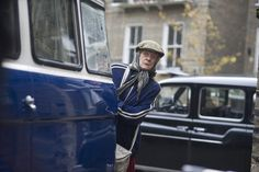 The sharp British comedy 'Lady in the Van' finds Maggie Smith instilling an aristocratic air to her role as an indigent Maggie Smith, Vans 2016, In Cinemas Now, Latest Movie Reviews, Carol Channing, The Big Short, Bbc Drama, Win Tickets, Culture