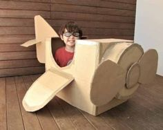 projects to do with the girls DIY cardboard airplane Cardboard Airplane, Big Cardboard Boxes, Cardboard Box Crafts, Cardboard Toys, Cardboard Playhouse, Cardboard Box Ideas For Kids, Cardboard Furniture, Paper Craft, Kids Crafts