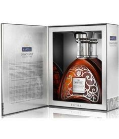 Martell Chanteloup Perspective Extra is a new cognac from Martell, a reference to the Chateau de Chanteloup in Cognac. Its decanter displays the chateau's gate, with the three hammers. The price of Chanteloup Perspective is at 300 €.