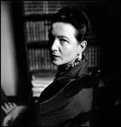 Simone de Beauvoir. © Elliott Erwitt
