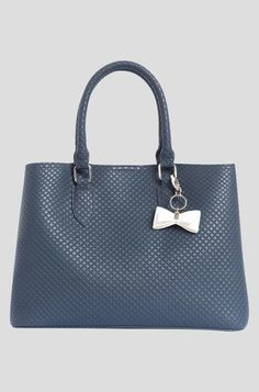Masnis táska Shoulder Bag, Bags, Fashion, Handbags, Moda, Fashion Styles, Totes, Shoulder Bags, Lv Bags