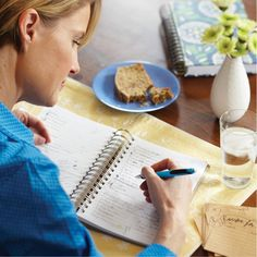 Using a journal can help you keep track of portions, calories, and carbs. But more importantly, it can help you keep track of exercise, your moods, and your blood sugar. Here's how to use a journal to capture and change the way you think about managing diabetes.