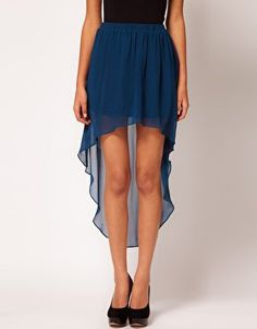 I *need* a high low skirt ;) so pretty
