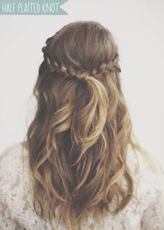 5 WAYS TO WEAR YOUR WEDDING PLAITS