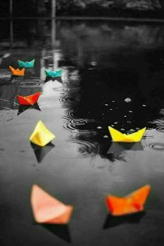35 Trendy ideas for photography black and white rain color splash Yellow Photography, Splash Photography, Creative Photography, Black And White Photography, Cute Wallpapers, Wallpaper Backgrounds, Natur Wallpaper, Color Splash Photo, Splash Images