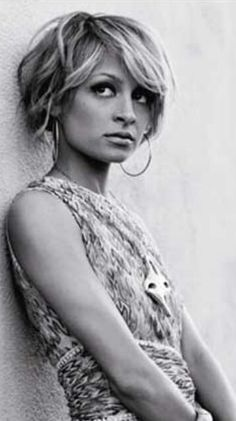 10 Classic Hairstyles Tutorials That Are Always In Style 10 Traditional Hairstyles Tutorials That Are All the time In Model 20 Nicole Richie Bob Haircuts Bob Hairstyles. Short Spiky Hairstyles, Classic Hairstyles, Short Hairstyles For Women, Hairstyles Haircuts, Short Hair Cuts, Cool Hairstyles, Short Hair Styles, Bob Haircuts, Haircut Bob
