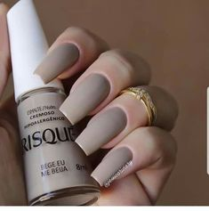 Best Nail Polish Colors of 2020 for a Trendy Manicure Nails Polish, Nail Polish Colors, Toe Nails, Pink Nails, Elegant Nails, Stylish Nails, Trendy Nails, French Gel, Acryl Nails
