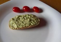 Avokádová pomazánka Recepty.cz - On-line kuchařka Avocado Toast, Guacamole, Baked Potato, Salads, Potatoes, Mexican, Baking, Breakfast, Ethnic Recipes