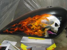 flaming skull by Roade Studio