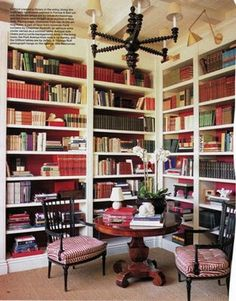 I am noticing a pattern here. Apparently I love books.  and built ins.