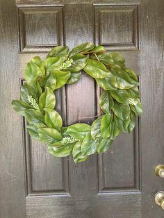 Magnolia Leaf Wreath, Farmhouse Decor Wreath, Farmhouse Decor Kitchen, Farmhouse Decor Wall, Fixerupper Decor, Green Leaf Wreath, Farmhouse #farmhouse #homedecor #sign #entryway  #magnolia #sideboard #fixerupper #rustic #farmhousestyle #blessed #frontdoor #wreath #sponsored #ss