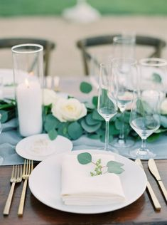 La Tavola Fine Linen Rental: Aurora Silver Table Runner with Tuscany White Napkins | Photography: Kelsea Holder, Planning & Styling: Event of the Season, Florals: Noonan Designs, Venue: Sunstone Winery, Paper Goods: Little North Company, Rentals: Party Pleasers, Lighting: Ambient Event Designs