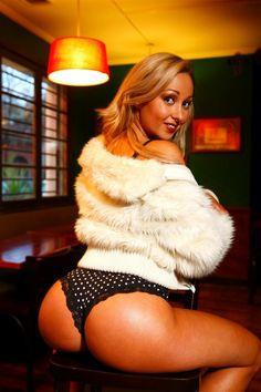 blanquita nieves - Buscar con Google Bellisima, Look, Fur Coat, Model, Jackets, Beauty, Beautiful, Google, Fashion