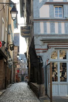 Love that shade of blue. Dinan ~ France