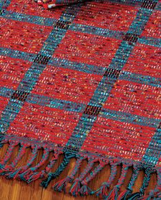 Weaving with Rags: 3 Free Rag-Weaving Patterns Tapestry Weaving, Loom Weaving, Hand Weaving, Knit Rug, Crochet Rugs, Crochet Granny, Rug Inspiration, Weaving Patterns, Stitch Patterns
