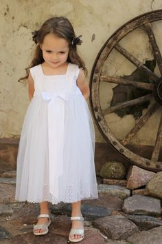 Flower girls dress D36 white special occasion от Maliposhaclothes