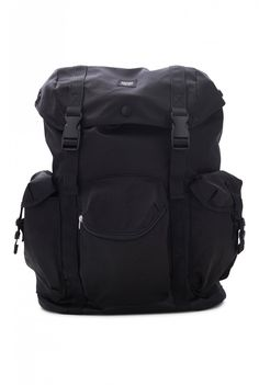 eef63c23e2267 Our spacious military-inspired rucksack in an army ripstop fabric.