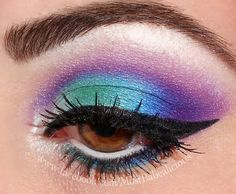 Make-up - Eyeshadow - Black eyeliner Makeup Tips, Beauty Makeup, Hair Beauty, Makeup Ideas, Pretty Makeup, Makeup Looks, Awesome Makeup, Party Eyes, Eyes Lips Face