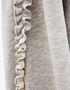 Jersey sleeve microevolution - Sweatshirts - Bershka United Kingdom