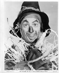 """Ray Bolger as """"Hunk / Scarecrow"""" in """"The Wizard of Oz"""" (1939). DIRECTOR: Victor Fleming."""