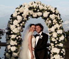Martine McCutcheon's wedding Leoeventi Destination Weddings, Pretty Woman, Floral Wreath, Wreaths, Home Decor, Women, Flower Crown, Decoration Home, Door Wreaths