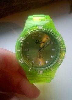 Kupuj mé předměty na #vinted http://www.vinted.cz/doplnky/hodinky/11496525-neonove-zelene-hodinky-znacky-dona-harley