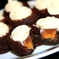 Rolo Brownie Bites with Caramel Cream Cheese Frosting - HowToInstructions.Us