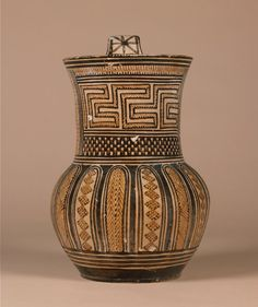 Pottery Pitcher - 760-750 BC - Late Attic Greek The British Museum