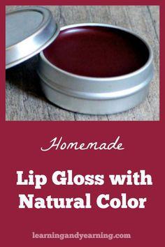 Making your own makeup isn't so difficult. This simple recipe with all natural alkanet root will impart a lovely ruby glow to your homemade tinted lip gloss. Natural living at its best! Homemade Products, Bath Products, Dyi Lip Balm, Diy Beauty, Beauty Tips, Homemade Mascara, Make Your Own Makeup, Diy Lip Gloss, Lip Balm Recipes