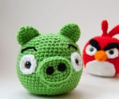 Tutorial Amigurumi Angry Bird : Crochet pig and king pig so now the whole set of angry birds is
