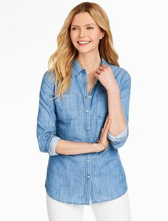 The perfect transitional shirt for spring to summer: our Classic Denim Shirt.
