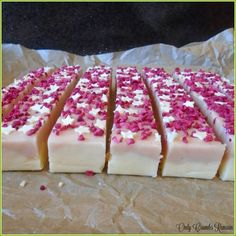 Homemade Raspberry and White Chocolate Fudge, with it pretty colour contrasts and a classic flavour combination.