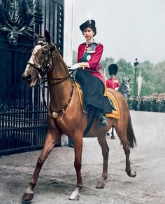 great photo of Queen Elizabeth II More