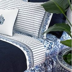 Ralph Lauren Palm Harbor Stripe I have had two blue and white Ralph Lauren bedroom sets! Ralph Lauren, White Rooms, Love Blue, White Houses, Chinoiserie, White Decor, Luxurious Bedrooms, Bleu Marine, Beautiful Bedrooms