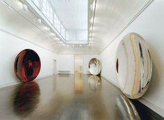 ANISH KAPOOR Her Blood
