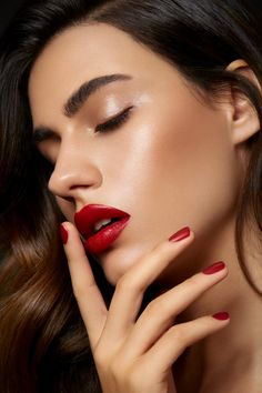 8 Halloween Beauty Buys You Will Want to Use Beyond Halloween Red Lips Makeup Look, Day Makeup, Summer Makeup, Beauty Makeup, Makeup Looks, Glowy Makeup, Makeup Ideas, Makeup Inspo, Lipstick For Fair Skin