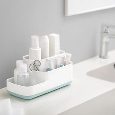With this lovely EasyStore™ bathroom caddy from Joseph Joseph, you'll be able to organise your bathroom essentials with ease. It's a charming compact design that will integrate seamlessly with your bathroom. Bathroom Caddy, Ikea Bathroom, Bathroom Furniture, Small Bathroom, Bathroom Organisation, Kitchen Organization, Bathroom Ideas, White Bathroom Accessories, Toilet Accessories
